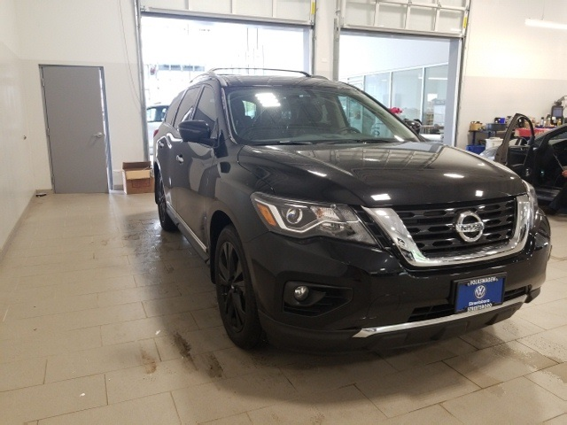 Pre Owned 2017 Nissan Pathfinder Platinum 4d Sport Utility In